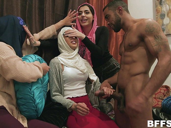 Watch thousands of superb Arab sex babes and fulfill your dreams ...